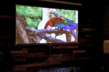 Manual SRM Pro Series Z Type Product Video | Manual Pull-Down Projection Screen